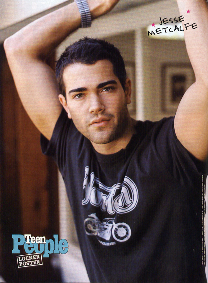 jesse metcalfe hairstyles. Here are two pictures of Jesse